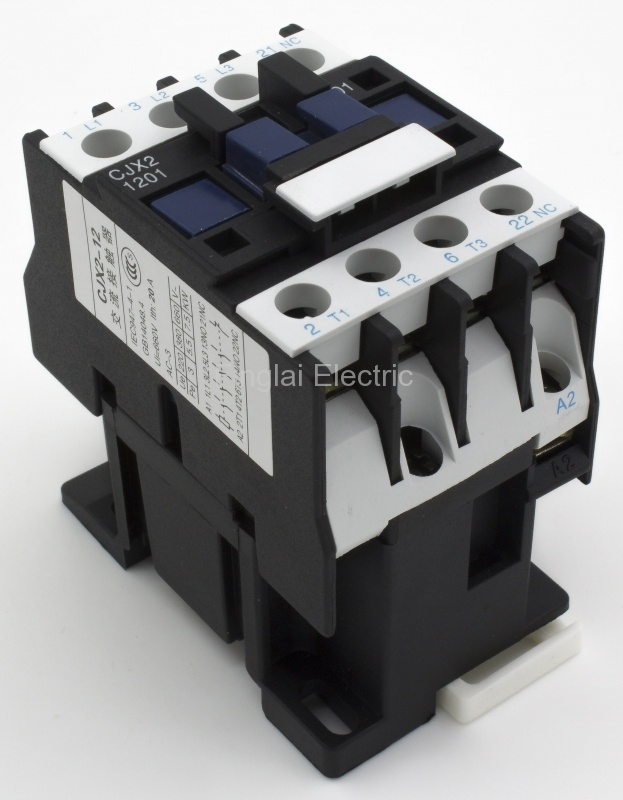 CJX2-1201-220V AC contactor with 3P+NC contact form, 220VAC coil voltage