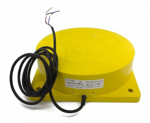 GPM100-210B-N2 panel mounting inductive proximity sensor