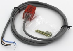 PS-05 series prism shape inductive proximity sensor