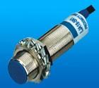 XAT5-18GM series signal output inductive proximity sensor