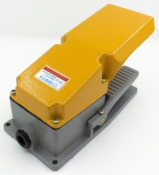 LT4 reset machine toolfoot switch
