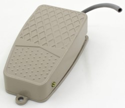 TFS-2 0.1m cable gray foot switch